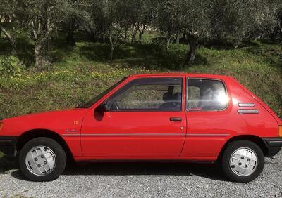 Peugeot 205 3 porte Junior usata