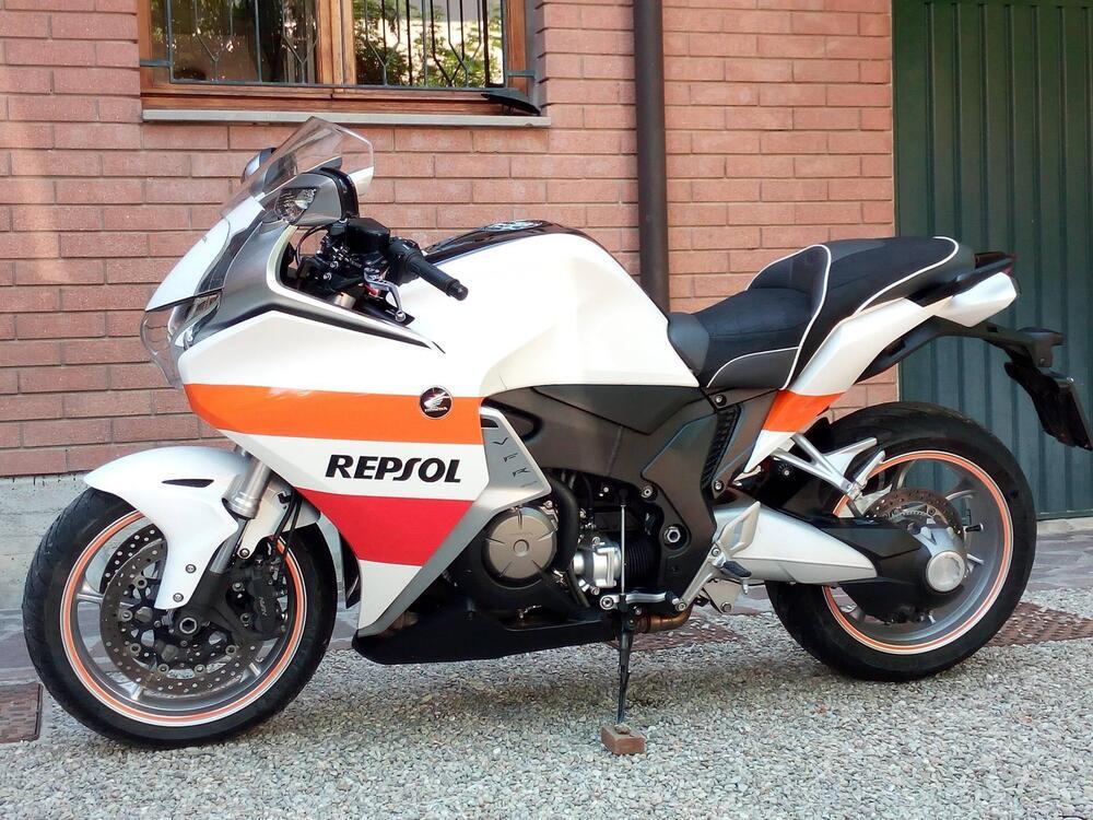Honda VFR 1200 F ABS (2009 - 16)