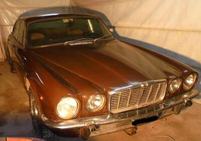 Jaguar XJ  epoca
