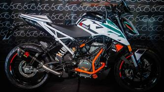 KTM 390 Duke (2021) nuova